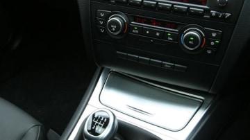2010_bmw_118d_sports_hatch_road_test_review_australia_14
