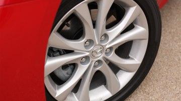 2011_mazda3_sp25_sedan_review_08