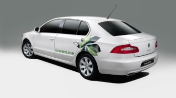 Å koda Launches GreenLine Superb In UK
