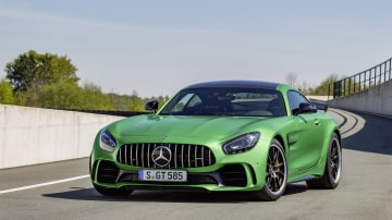 2017 Mercedes-AMG GT R Flagship Unveiled Ahead Of International Debut