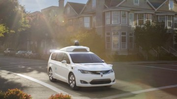 Google's Waymo self-driving Chrysler minivan does not rely on complex communication with road infrastructure.