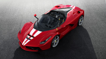 Ferrari is auctioning off a Ferrari LaFerrari Aperta for charity.