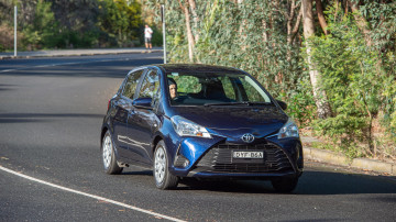 2019 Toyota Yaris Ascent auto review