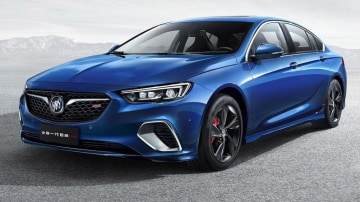 New 'Holden Commodore V6' Previewed