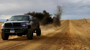 US government targets 'rolling coal' pick-ups - report