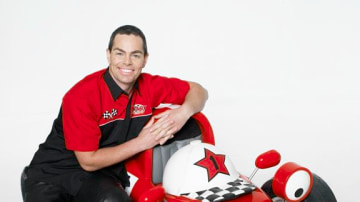craig_lowndes_conrod_and_roary_the_racing_car_08