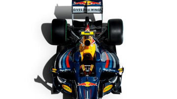 2010_red-bull_rb6_f1_race-car_03.jpg