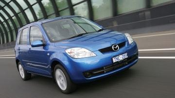 2005 Mazda2.