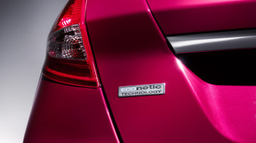 2012_ford_fiesta_econetic_03