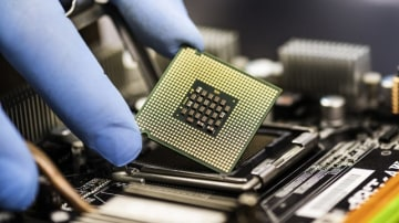 Scientists develop a low-cost silicon chip to help cars see the world more clearly