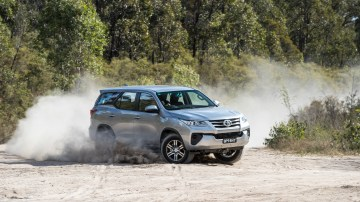 2017 Toyota Fortuner GX new car review