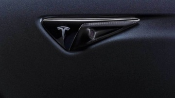 Tesla accused of spying in China, Elon Musk hits back - report