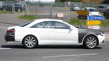 2011_mercedes-benz_s-class_coupe_facelift_spy-shots_03.jpg