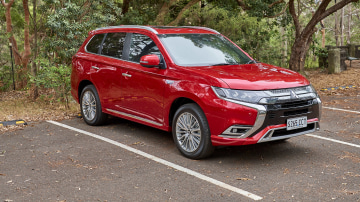 2020 Mitsubishi Outlander PHEV Exceed review
