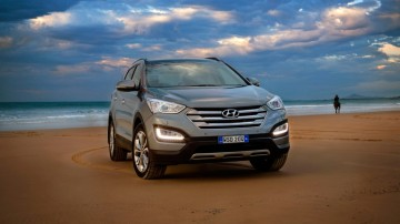 The Hyundai Santa Fe's strong ownership credentials gives it the edge in this contest.