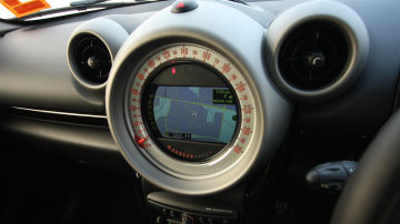 2011_mini_cooper_s_countryman_all4_roadtest_review_50