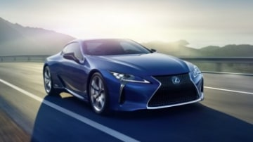 Lexus LC500h revealed
