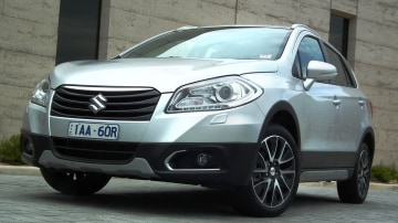 2014 Suzuki S-Cross Review: GL, GLX And GLX Prestige