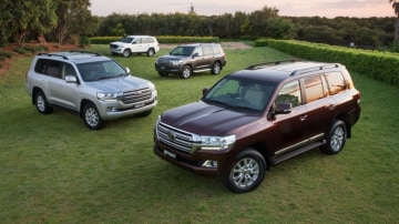 The Toyota LandCruiser have two massive fuel tanks that help it last a long time between drinks.