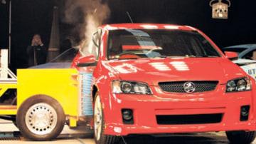 Crash test stand-off