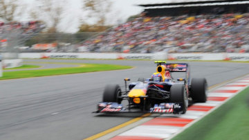 2010Formula One Grand Prix at Albert Park  QUALIfing session .    MArk Webber  [Red Bull Racing]  .  27th  March   2010  . THE AGE SPORT. Picture Vince Caligiuri .