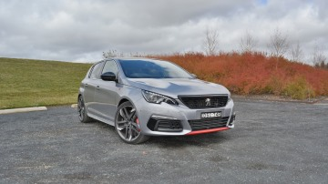 2018 Peugeot 308 GTi 270 new car review