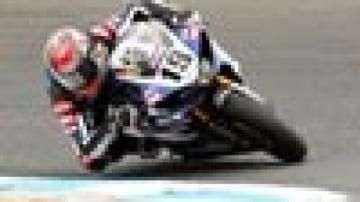 Round of crashes claims Corser, Haga