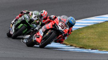 Marco Melandri (Ducati Panigale R) won the opening round of the WSBK.