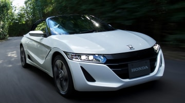 Honda S660 Sold Out, But Young Buyers Steering Clear