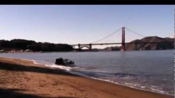 Delorean Hovercraft Mark II A Success, Thanks To Crowd Funding: Video