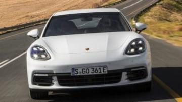 V8 Hybrid to head Panamera range