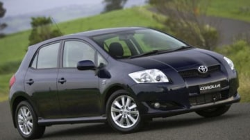 2009 Toyota Corolla Gets Stability And Traction Control