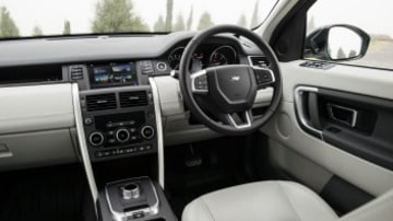 The stylish interior of the Land Rover Discovery Sport SE SD4.