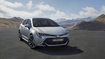 Toyota introduces Touring Sports wagon