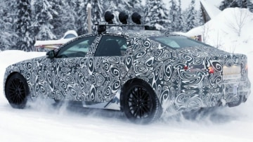 Spy photographers have snapped the new Jaguar XF during testing: Source: Automedia.