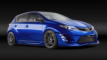 Toyota Reveals Sporty Corolla In Form Of Scion iM Concept