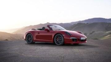 Porsche 911 GTS Cabriolet quick spin