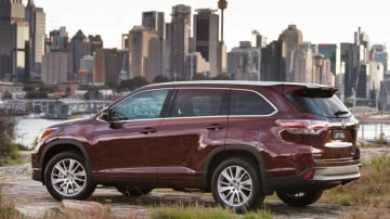 New seven-seat Toyota Kluger SUV.
