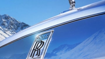 Rolls-Royce has announced plans to build an SUV.