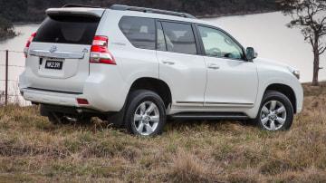 2014 Toyota Prado Altitude Tucks Spare Tyre Away For Easier Access