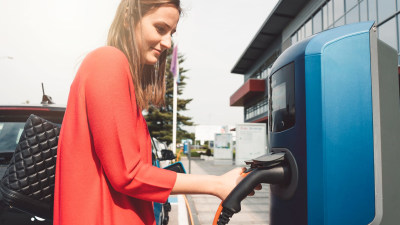 More Australian buyers keen on electric cars, but doubts remain - survey