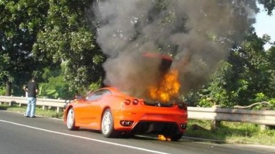 Ferrari F430 - Baby you can light my fire