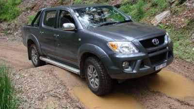 2008 TRD HiLux 4000SL Road Test Review