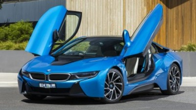 BMW i8 road test review