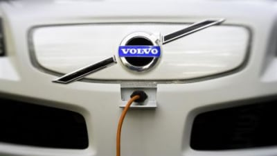 Volvo enters cooperative venture to develop plug-in hybrid cars