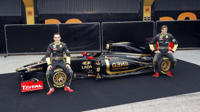 F1: Heidfeld To Test Kubica's Renault At Jerez, 2011 Ferrari Now Called 'F150th Italia'