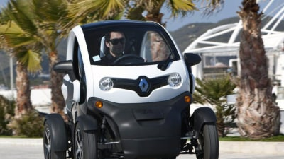 Renault Twizy Available To France's Scooter-Licensed 14 Year-Olds