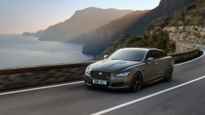Jaguar XJ to go electric