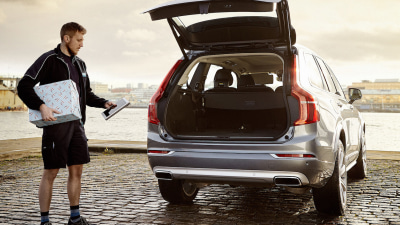 Volvo Introduces In-Car Delivery Service For Online Shoppers
