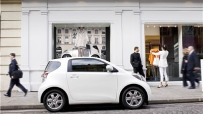 Toyota Considering iQ Micro Car For US Market